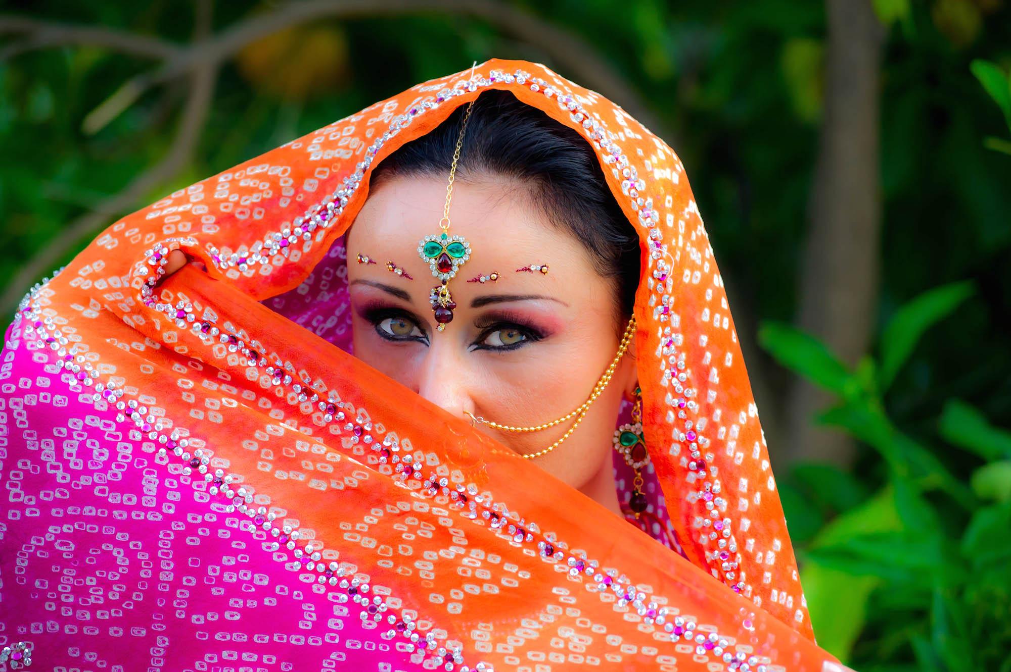 Enterrement de vie de jeune fille à Nice: Bollywood ou danse orientale ?