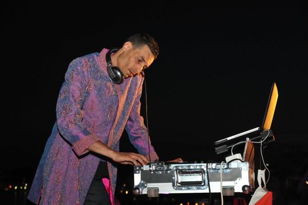 Compagnie Roses des Sables - soiree a theme - 1001 nuits - DJ