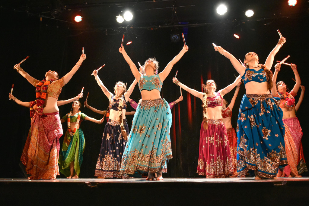 Compagnie Roses des Sables - soiree a theme- - bollywood fever - final