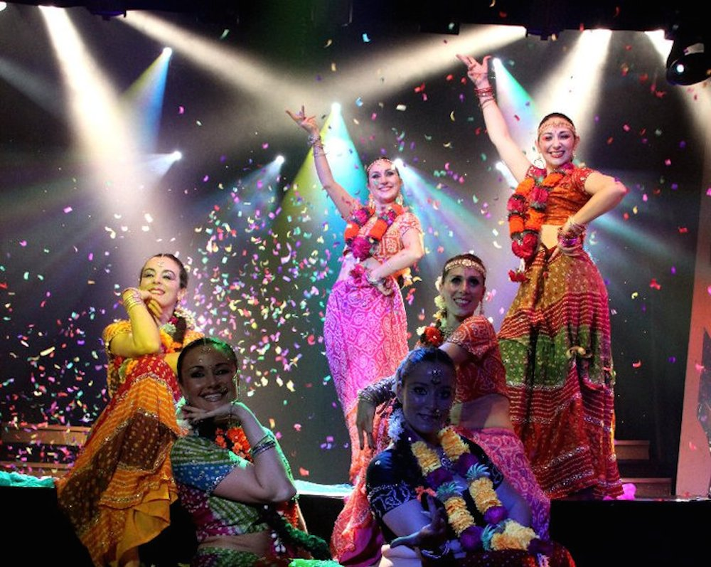 Compagnie Roses des Sables - spectacle - bollywood show final 2