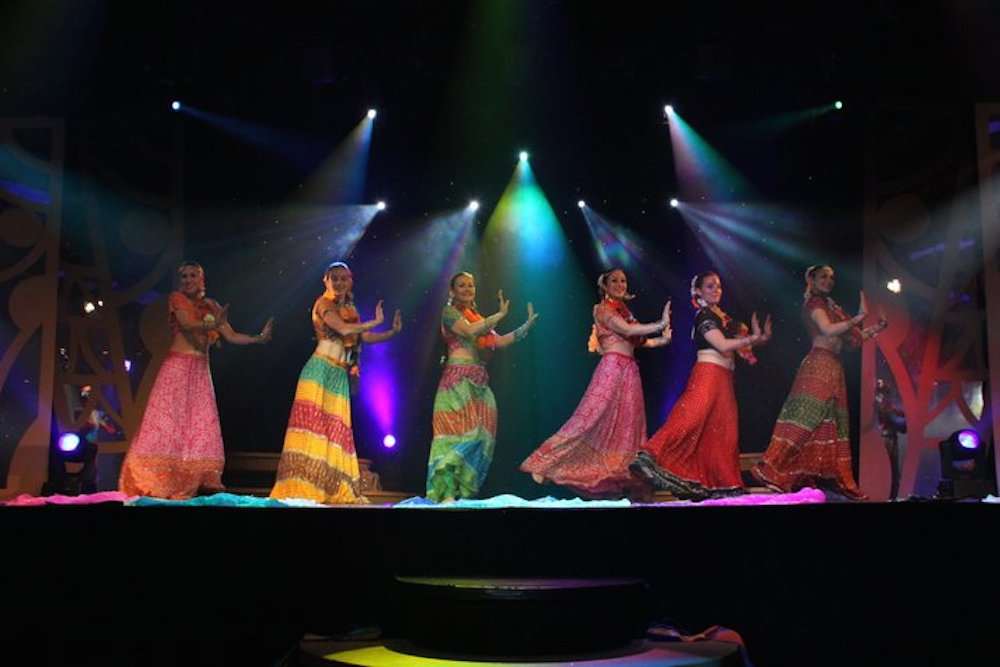 Compagnie Roses des Sables - spectacle - bollywood show