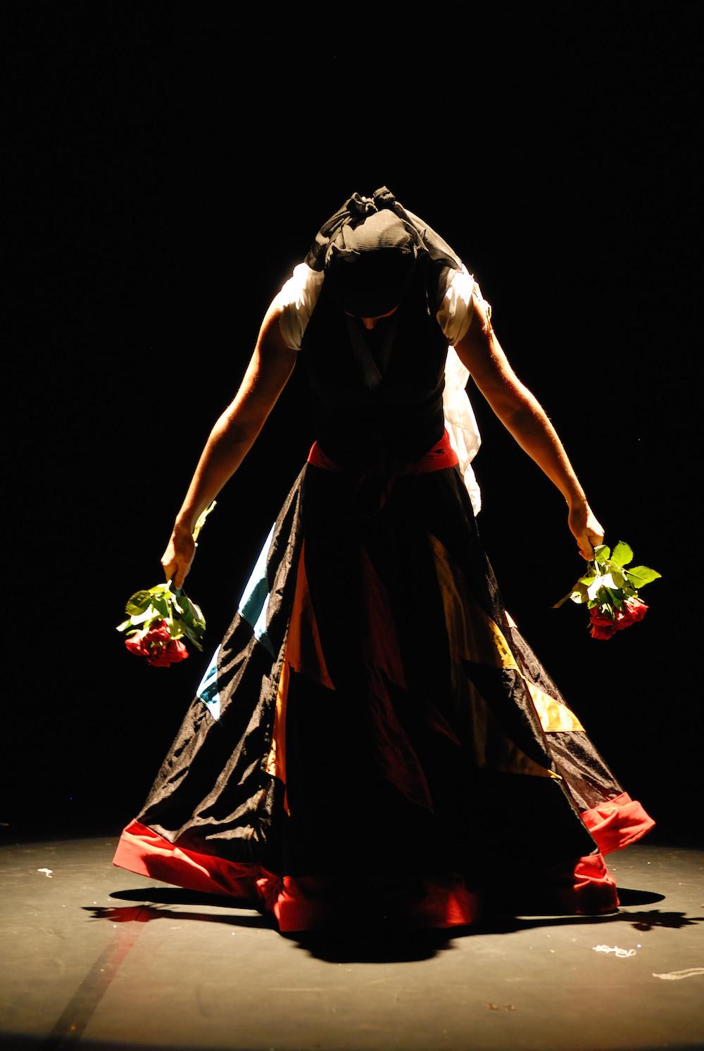 Compagnie Roses des Sables - spectacle - danse orientale - derviche tourneur