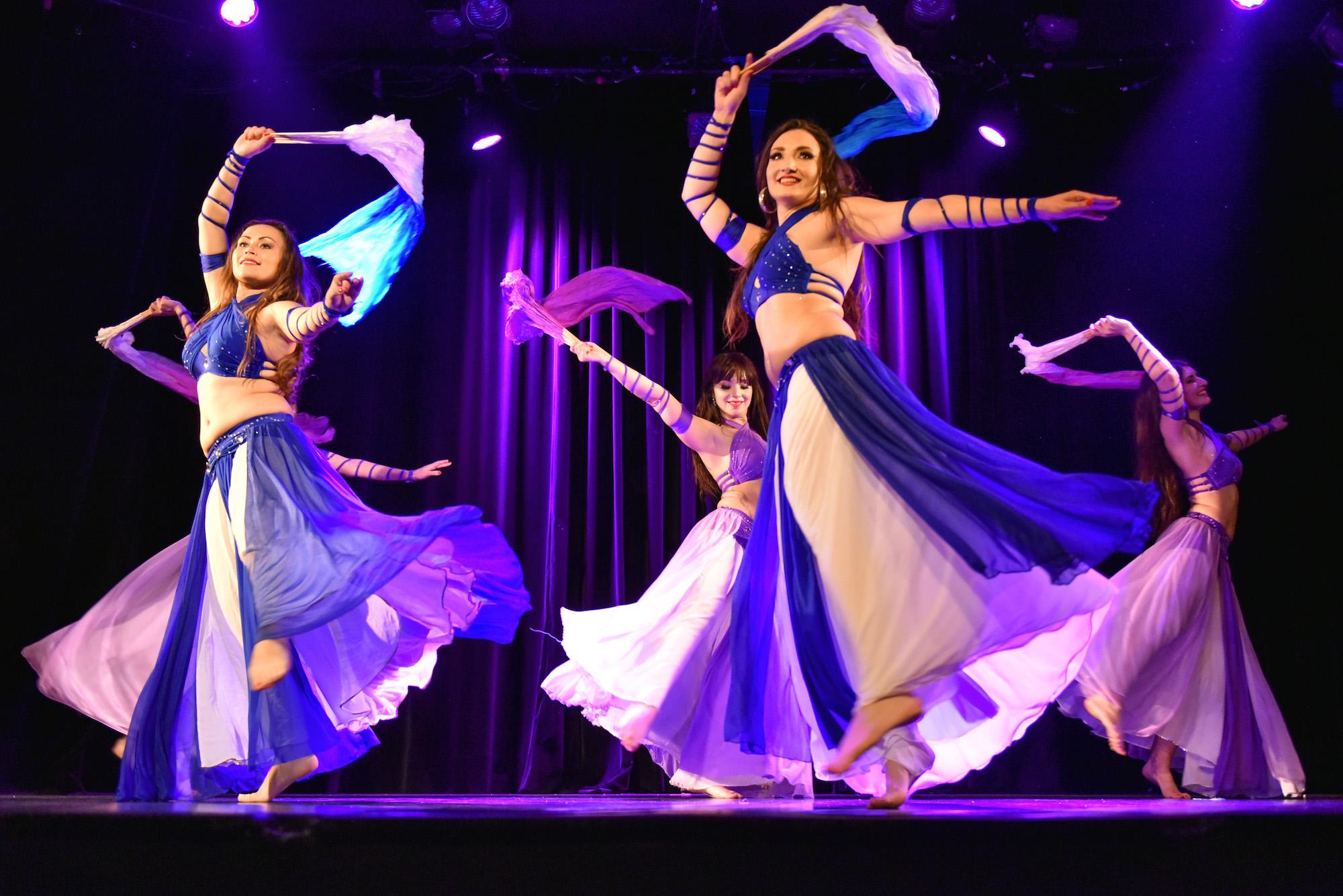 Compagnie Roses des Sables - spectacle - danse orientale - fanveil