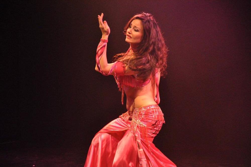 Compagnie Roses des Sables - spectacle - danse orientale - lina