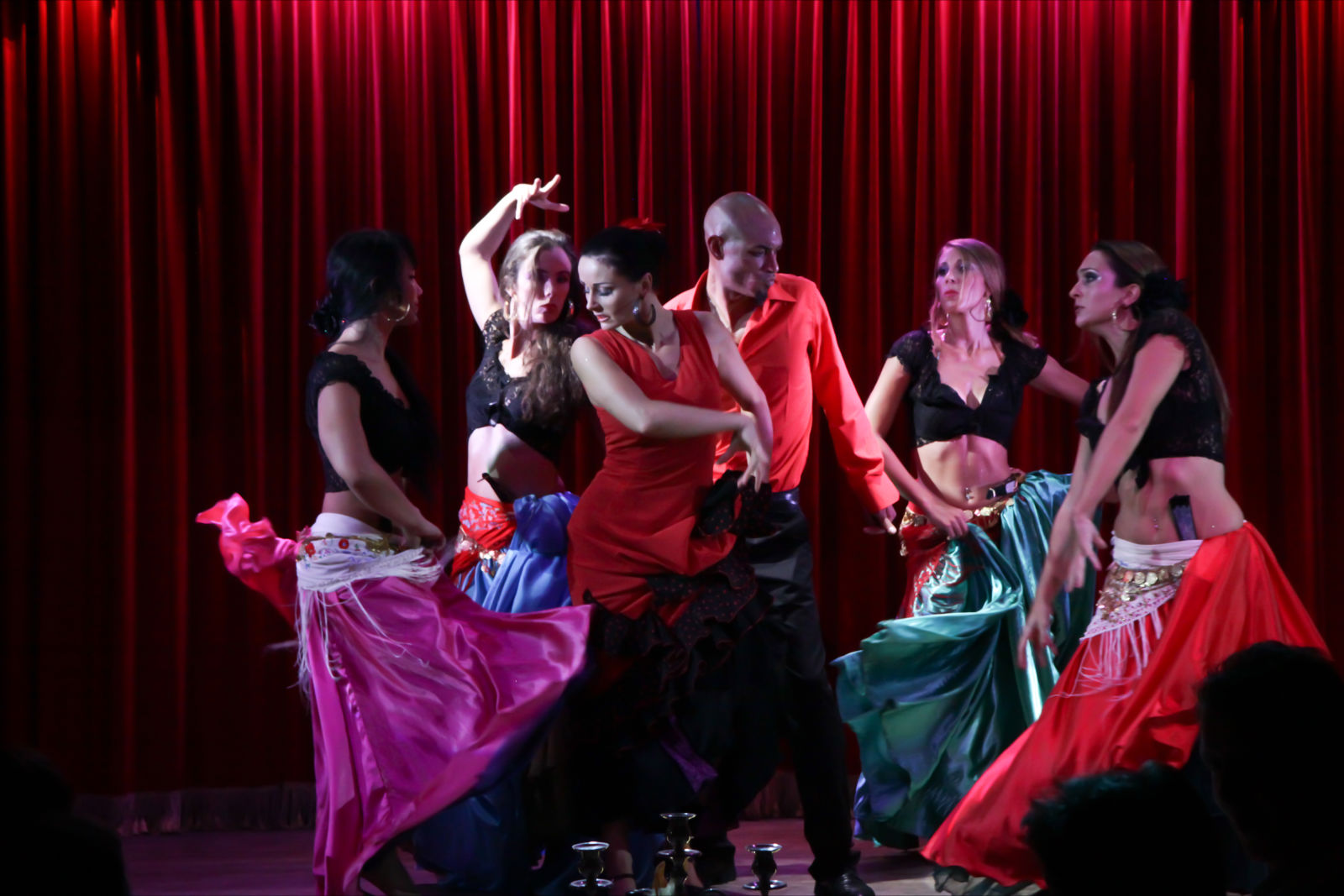 Compagnie Roses des Sables - spectacles - cabaret oriental gypsy