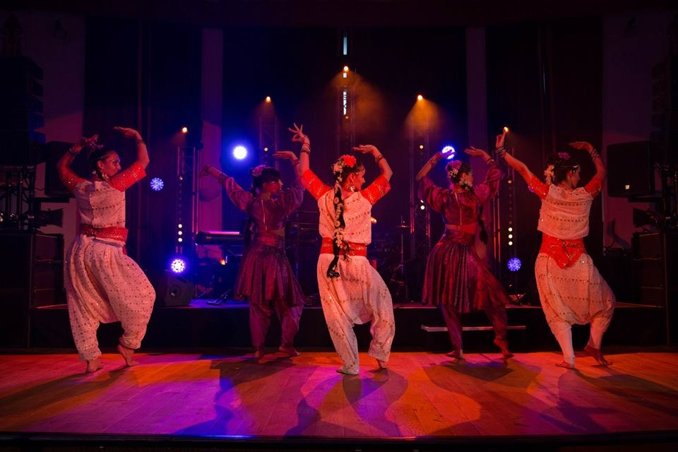 Compagnie roses des sables - mariage bollywood 4
